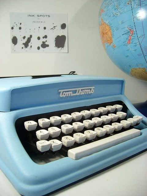 Vintage Tom Thumb Toy Typewriter So nostalgic this year. I had this toy.