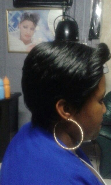 Front curl,  boy cut