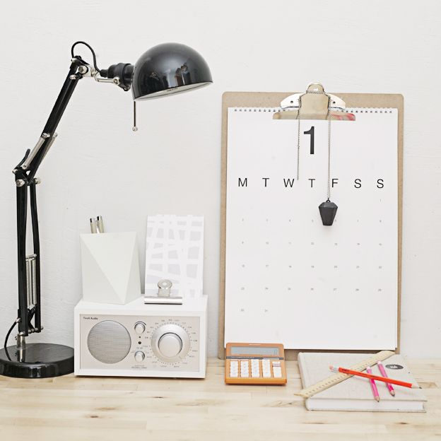 desktop things: Design Collection, Calendar Diy, Offices Spaces, Clipboards Calendar, Interiors Design, Work Spaces, Workspaces Clipboards, Desks Spaces, Home Offices