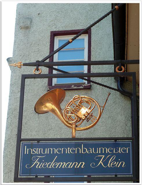 INSTRUMENTENBAUMEISTER FRIEDEMANN KLEIN (Instrument Builder Friedemann Klein) in Rottweil, Germany