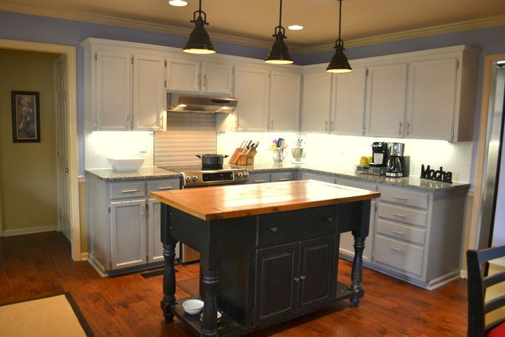 17 best images about home makeover on pinterest grey for Can kitchen cabinets be repainted