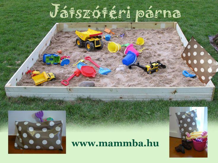 Játszótéri párna/Pillow for sitting on the ground at playground