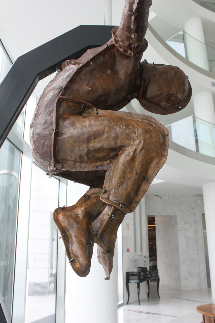 """Icarus"" Rogério Timóteo Sculpture"