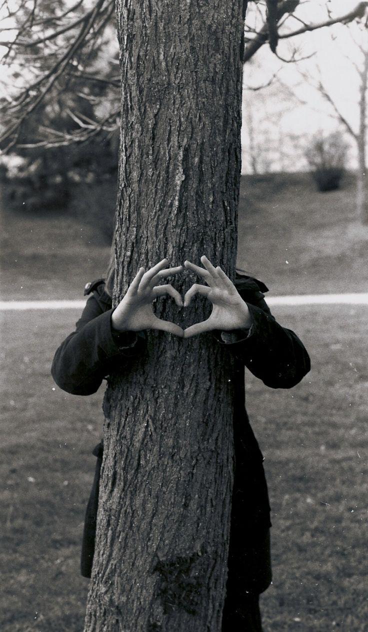 Les nouvelles recrues argentique_noir_et_blanc_coeur_arbre_amour_love_nature_main