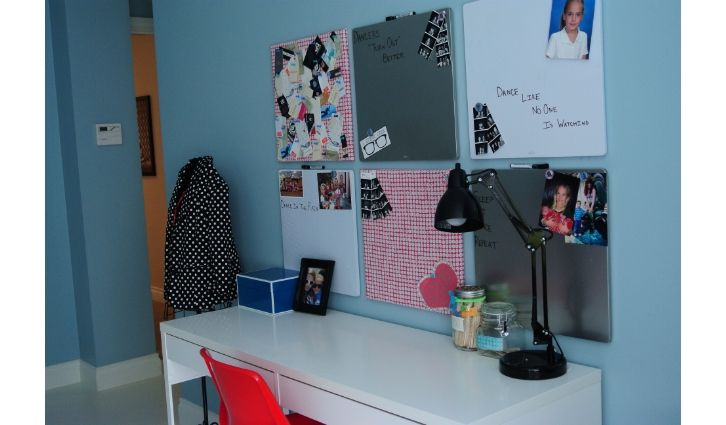 Bulletin Boards And Desk Area In Girls Teen Bedroom Teen