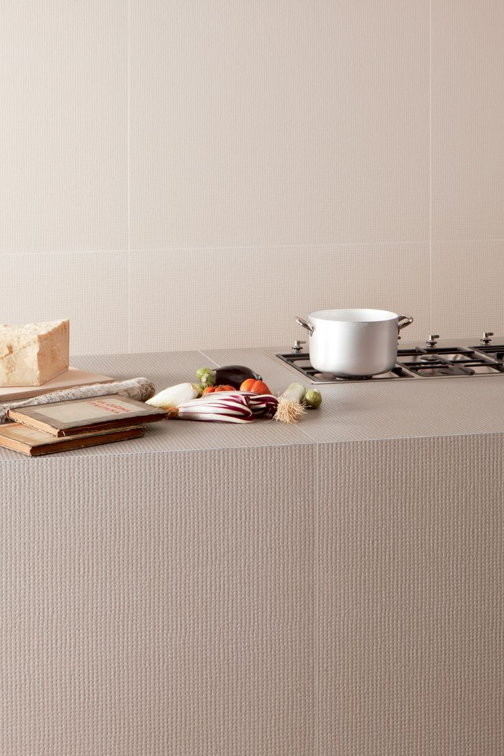 Etienne de souza designer and manufacturer of luxury cabinet - Revestimiento De Pared De Gres Porcel Nico Pico Down Natural Blanc By Mutina Dise O Ronan Erwan
