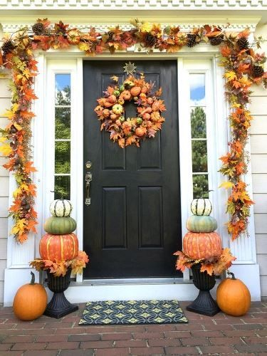 fall decor, out door decor, halloween decor, wreath, wreah string, leaves, pumpkins, front door, front porch, outdoor  decor decor, fall decor, halloween, thanksgiving, seasonal decor, rug, door, windows, house #afflink
