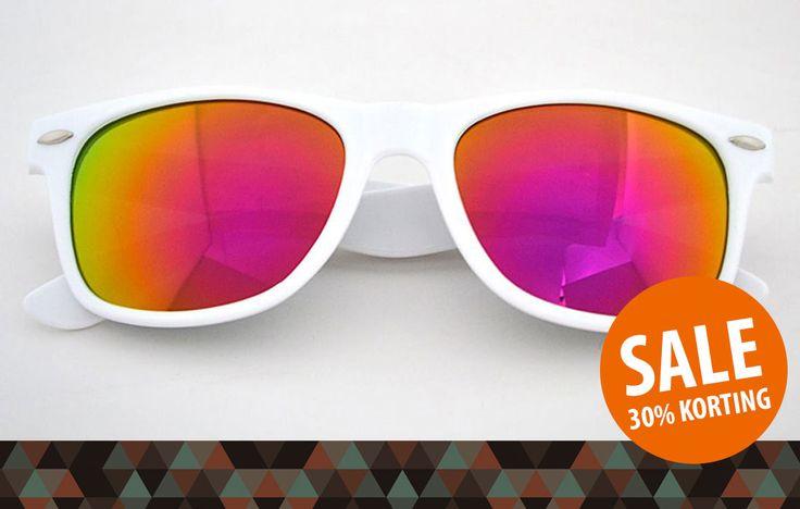 ☼ SALE ☼ Meer dan 30% korting op je hippe zonnebril! :-D Shop hier met korting: https://www.brillenkopen.nl/sale  #sale #zonnebrillen #zonnebril #zon #zomer #zee #strand #mode #trend #korting #aanbieding #kopen #mirror #wayfarer #happy