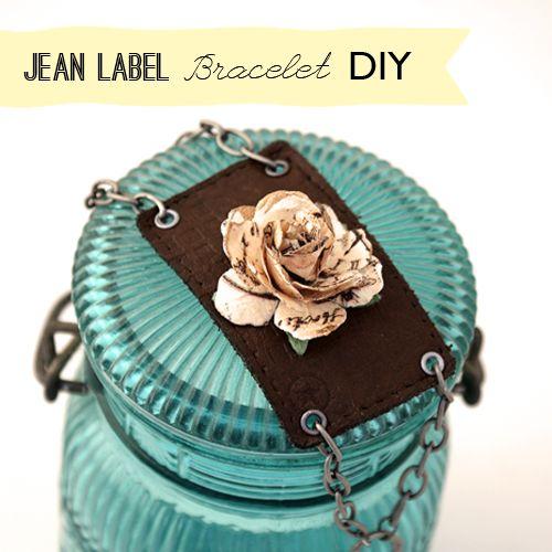 Make a Jeans Label BraceletA Mini-Saia Jeans, Bracelets Upcycling, Crafts Ideas, Diy Crafts, Diy Bracelets, Crafts Jewelry, Jeans Labels Bracelets, Upcycling Jeans, Crafty Ideas