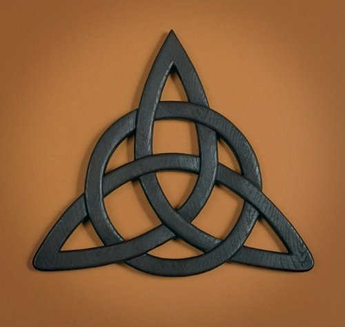 Best 25+ Celtic trinity knot ideas on Pinterest | Trinity ...