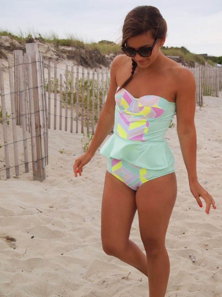 Lake Shore Lady Swim Week: One Piece | Zinke Starboard Peplum One Piece | www.lakeshorelady.com