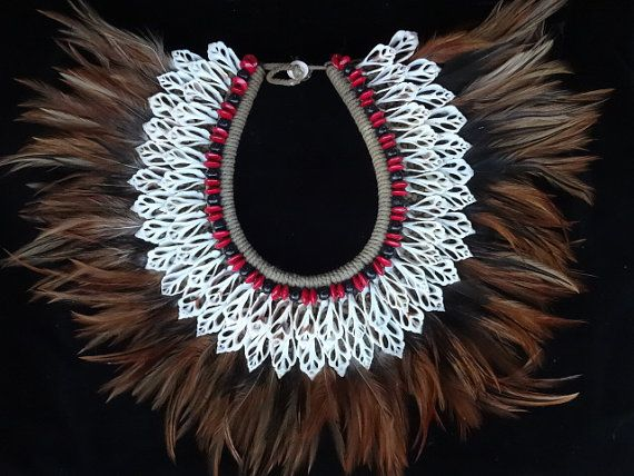 Beauty Shell Necklace with Beads and feather Adornment Women Fashion Home Decor