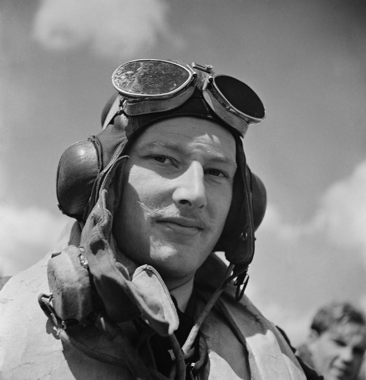 On 14 August 1940, while scrambled with A Flight of No 32 Squadron RAF at 12.30, P/O Rupert F Smythe, spotting 9 Me 109 fighters 30 minutes into the patrol, circling above at 16,000ft northwest of RAF Hawkinge, caught up and despatched Me 109E-1 Black Chevron + Black 8 off Dover at 12.45, flown by Fw Gerhard Kemen of 1/JG26, who bailed out, badly wounded, over the Channel. Hit in the glycol tank of Hurricane Mk I GZ-N, the 25-year-old Irishman made an emergency landing at the airfield.