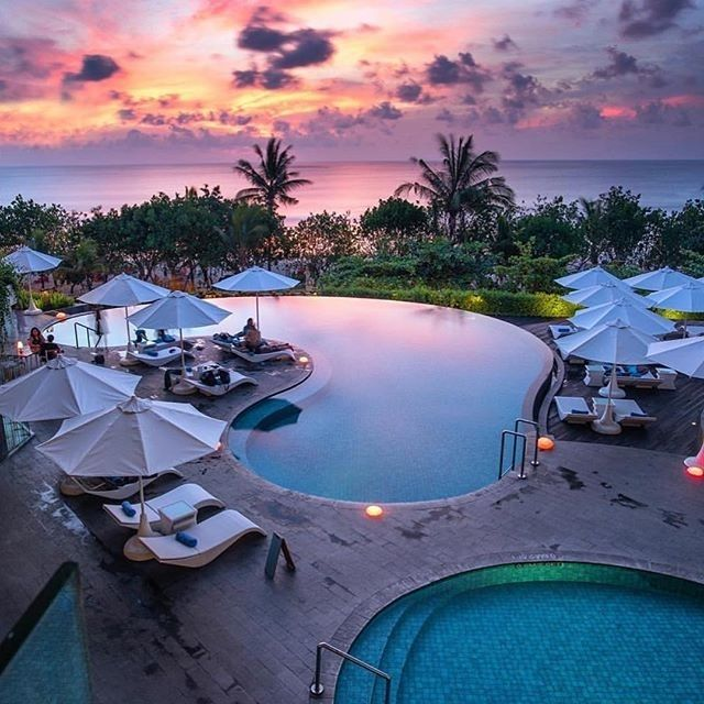 Sheraton Bali Kuta Resort, #Bali, Indonesia ⠀ Photography by @nala_rinaldo⠀ ⠀ ⠀…