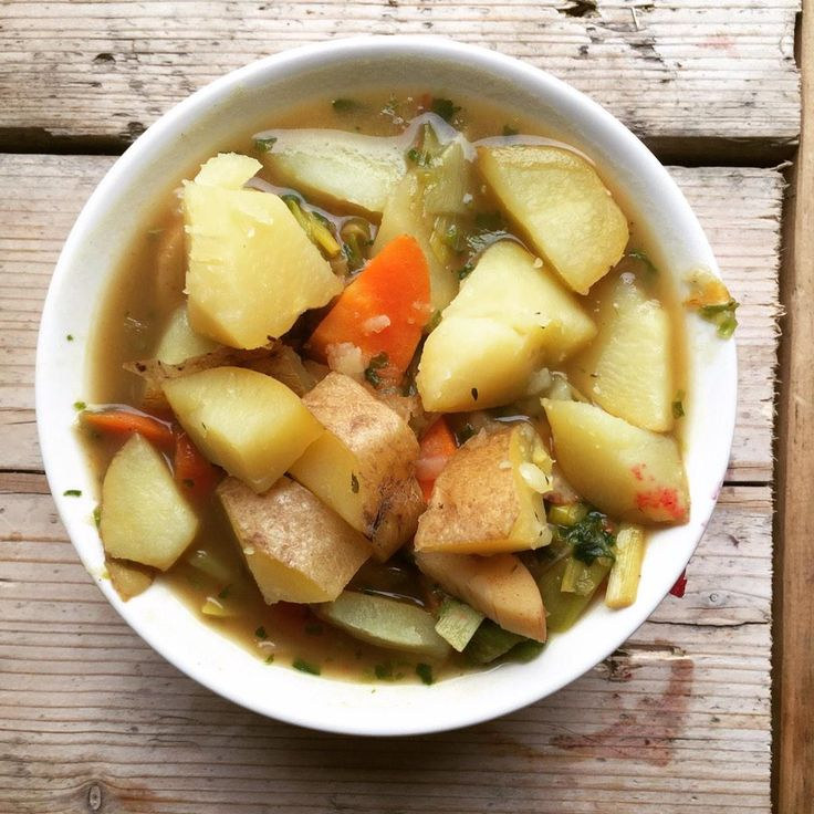 Today's super tasty main: leeks, carrot & potato stew with thyme & rosemary