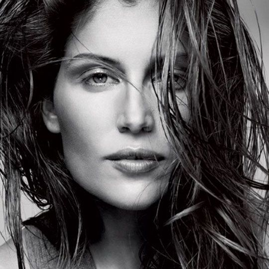 French Beauty Fashion Youtubers: Laetitia Casta, Caroline De