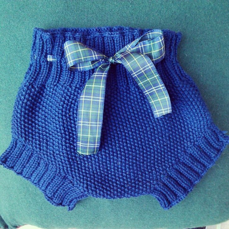 Cobalt blue, plaid ribbon. Seed stitch diaper cover / soaker ~~ Mi creación, pantalón bebe