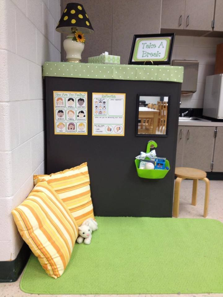 Take A Break space....LOVE!! I plan to never, ever use those stinkin' behavior charts in my room!! Why focus on the negative in your classroom all day long...brings every one down, even myself!! LOVE her ideas!! They mirror my own!