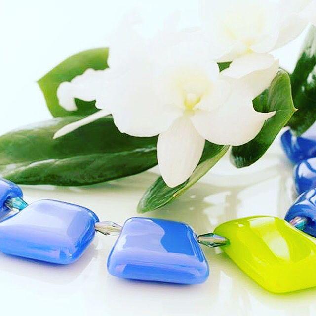 #mitvegyekfel #nyiriandrea #jewelrymaker #jewerly #fusingglass #jewelrydesigner #ootd