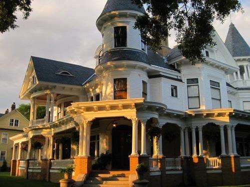 Best 25 new bern ideas on pinterest new bern north for Custom homes new bern nc