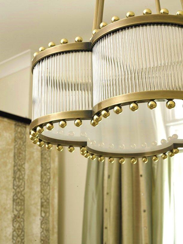 HAPPY CLOVER chandelier by MARI IANIQ in two types of brass. #MARIIANIQ #luxury #bespoke #handmade #HAPPYCLOVER #chandelier #colours #brass #interiors #design #decor