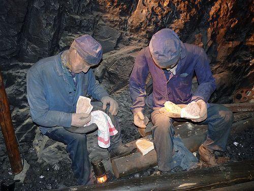 Faymoreau, sud-Vend�e : ses mines et son village de corons