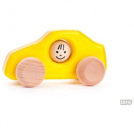 Nowość od Bajo:)  Małe autko drewniane Bajo 46610  - Autko Limousine H1 w sam raz dla małych rączek dla dzieci już od 1 roczku.  Super dodatek do klocków drewnianych, ulicy, domku. Autko posiada kierowcę.  Czy główka kierowcy sięporusza?   Sprawdźcie sami:)  http://www.niczchin.pl/pojazdy-drewniane/2161-bajo-46610-autko-limousine-h1.html  #bajo #zabawkizdrewna #drewnianeautka #zabawki #niczchin #krakow