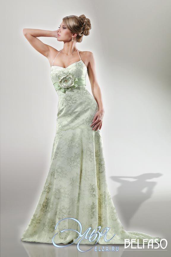 Cвадебное платье Валенсия (нерасшитое кружево): фасон годе (русалка, рыбка, трампет), длинное платье, с V-образный вырезом, с непышной юбкой, со шлейфом, модель до 2016 года, без рукавов, платье, в ограниченном количестве, узкие бретельки