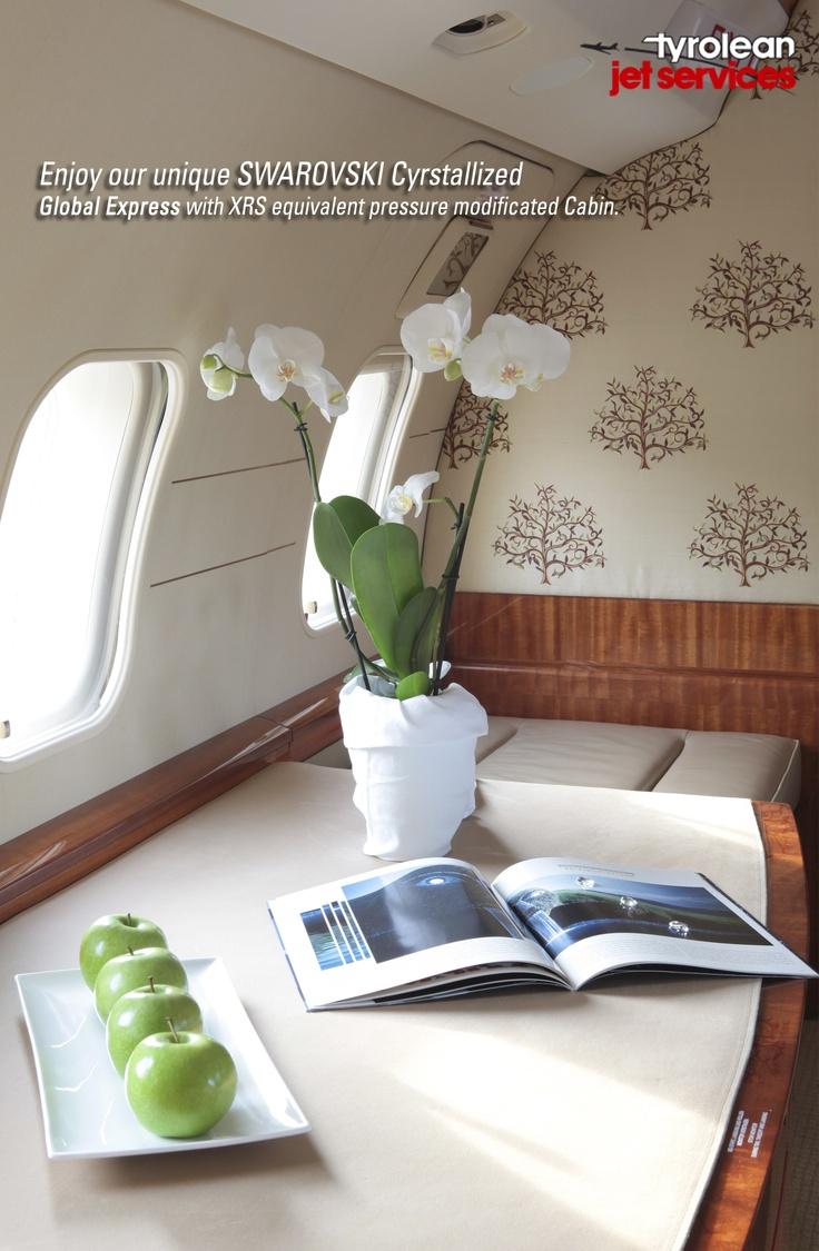 File embraer lineage 1000 interior forward cabin jpg wikimedia - Oe Iel