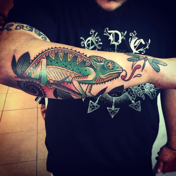 Tattoo Design Maker 1080 1080: Best 25+ Chameleon Tattoo Ideas On Pinterest