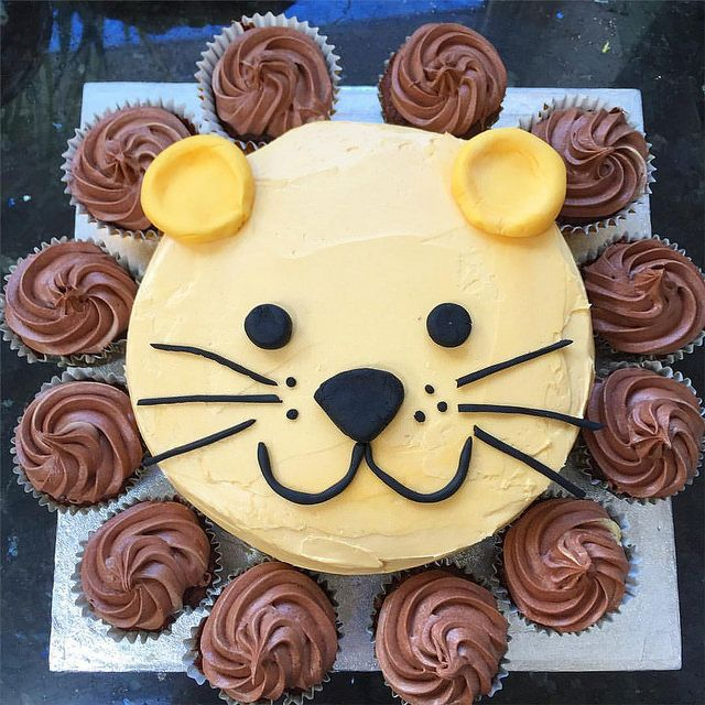 For A Second Birthday Party Lion Cake An 8 Inch Sponge Covered In Orange Tinted Buttercream Sugarpaste Ears Eyes Nose