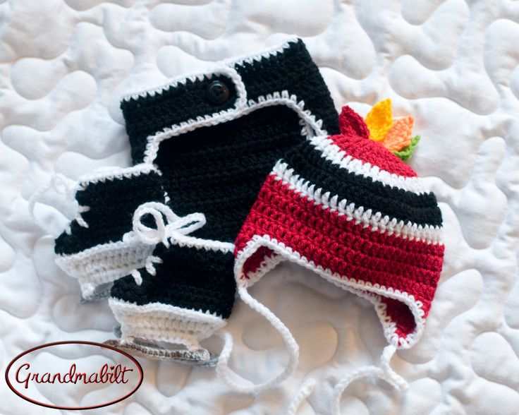 BABY HOCKEY OUTFIT Chicago Blackhawks pacifier not included, Hockey Baby Boy, Black Red Hockey, Crochet Hockey Outfit, Hockey Baby Knit Hat by Grandmabilt on Etsy