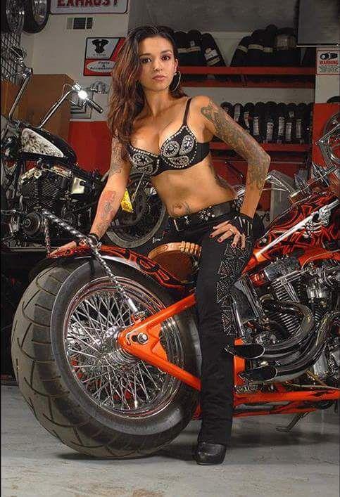 naked-inked-biker-women
