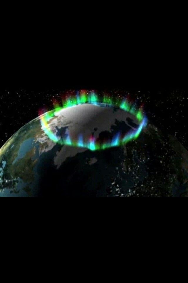 Last night's aurora as seen from space. Extraordinary and breathtaking. #Aurora_Borealis
