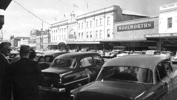 The Woolworths on Summer Street, date unknown. Photo:  The Collections of Central West Libraries.