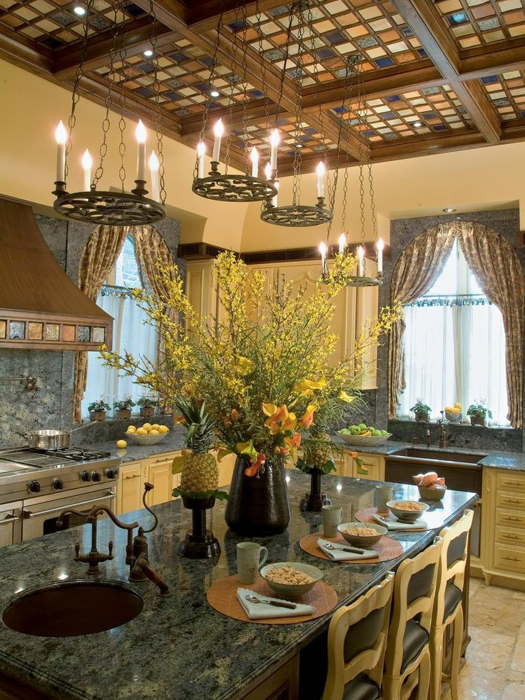 Beautiful Pictures Of Kitchen Islands: HGTVu0027s Favorite Design Ideas