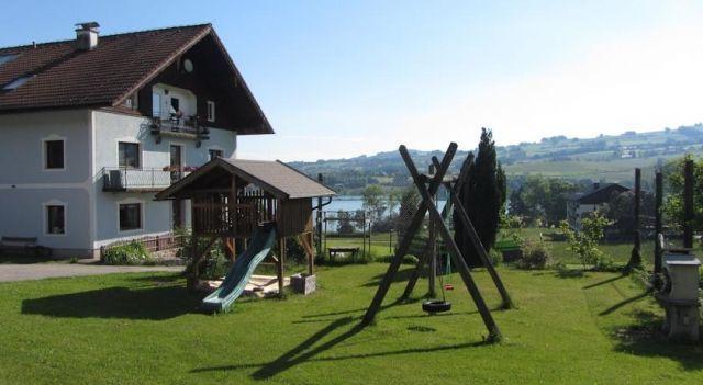 Bauernhof Schink - #FarmStays - $95 - #Hotels #Austria #ZellamMoos http://www.justigo.co.il/hotels/austria/zell-am-moos/bauernhof-schink_50945.html