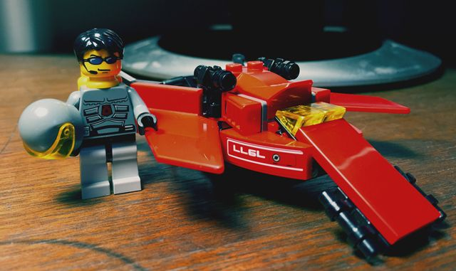 Bricks: Speeder thing, by Blitzen
