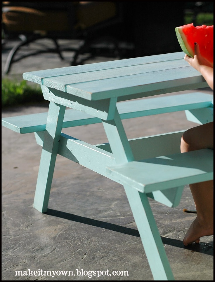 I Want To Do A White Washed Picnic Table In Caribbean Blue