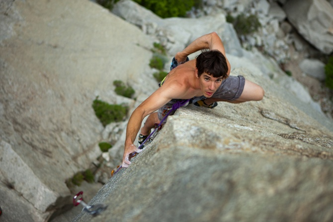 With numerous climbing records to his name, Alex Honnold is one of the most intrepid and skillful climbers in the world. He is considered a true living legend of free solo climbing. In 2012, he was appointed the new BALL ambassador.