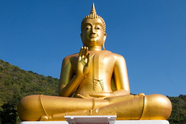 💬 Statue golden buddha sky - new photo at Avopix.com    👉 https://avopix.com/photo/43893-statue-golden-buddha-sky    #prayer #gold #statue #art #bronze #avopix #free #photos #public #domain