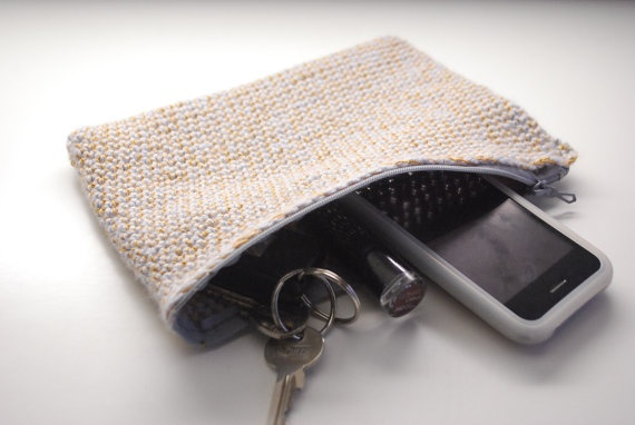 Small Crochet Clutchbag Makeup bag phone or small by TheNewcrochet, €13.50