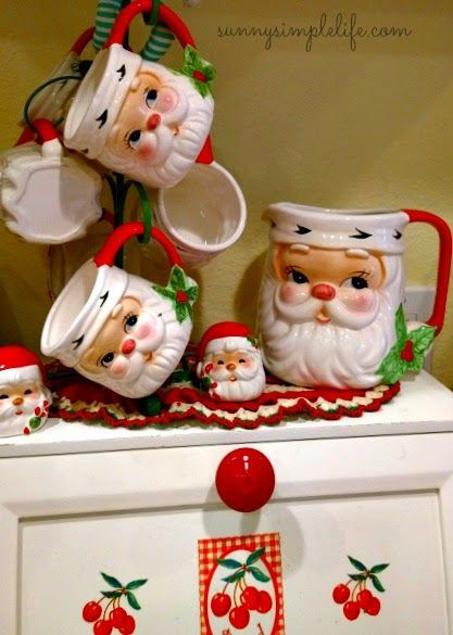 A cozy cottage Christmas tour part one, Santa mugs