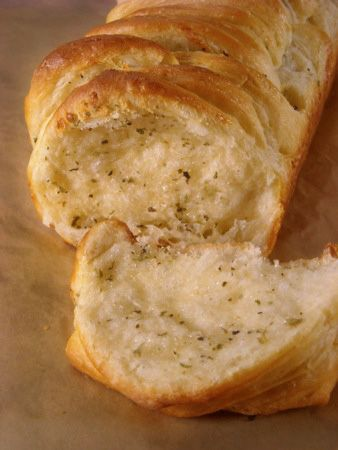 Butterflake Herb Bread: step-by-step photos and tips.