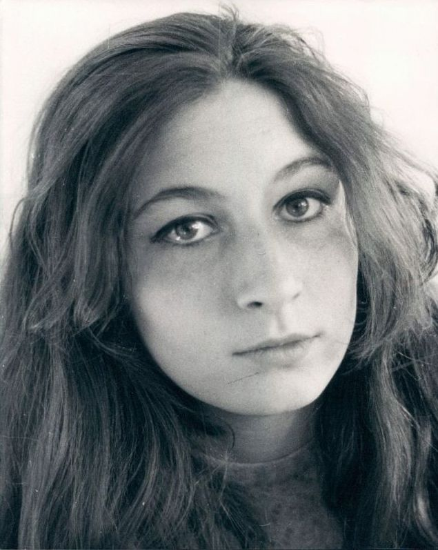 ...: Fantastic Actor, Celebrity Yearbooks, Famous People, Young Dramas, Forever Young, Beautiful Women, Beautiful People, Anjelica Huston, Angelica Huston