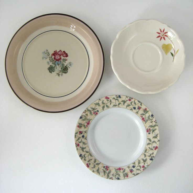 Kitchen Wall Decor With Plates : Best images about plate plethora on