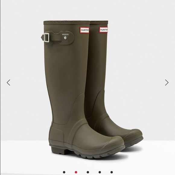 Olive green hunter rain boots Brand new never worn, got them as a gift but the boots do not fit around my calves :( Hunter Boots Shoes Winter & Rain Boots