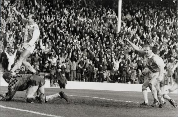 Blackburn Rovers; Chris Price; David Speedie