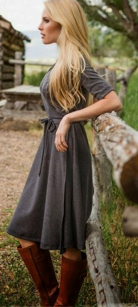 Spring fashion | Grey half sleeves dress, boots