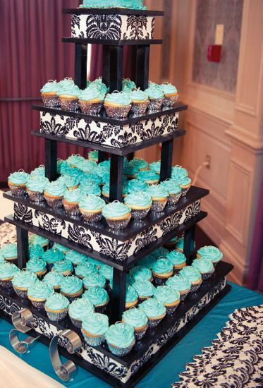 wedding cakes ontario ca a bold black white and turquoise wedding in alliston 25189
